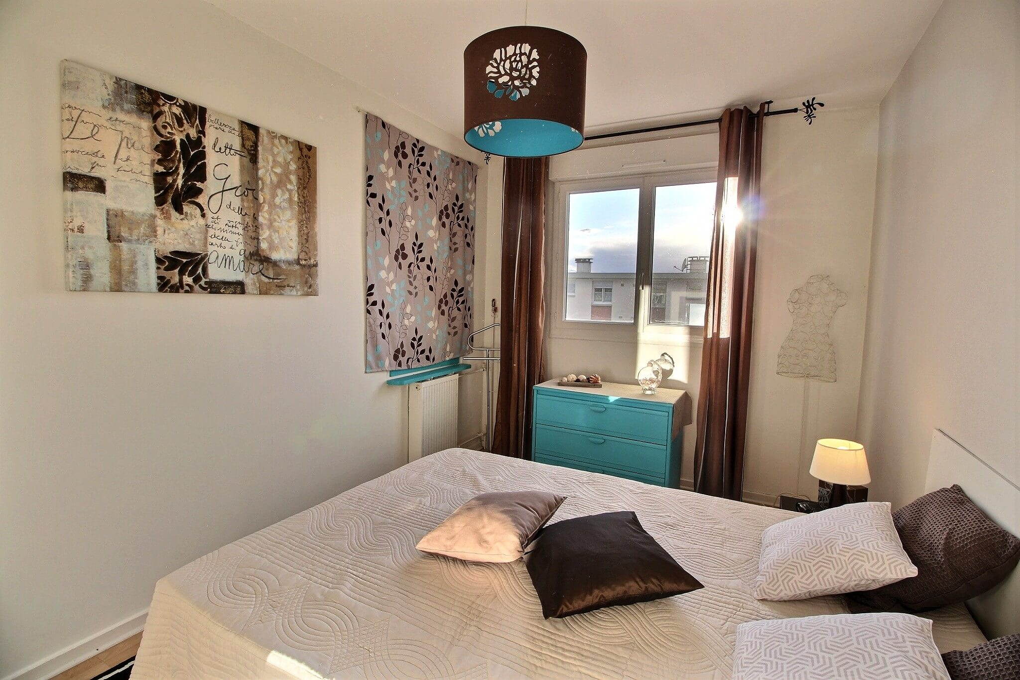 home staging d 39 un appartement tours home staging av o. Black Bedroom Furniture Sets. Home Design Ideas