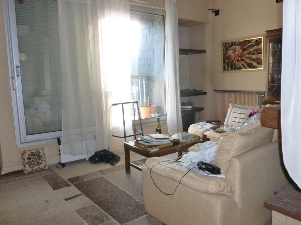 Séjour avant prestation home-staging appartement Gouvieux Avéo Beauvais